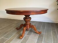Elegant reproduction Victorian dining table