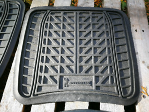Tapis D'HIVER Michelin!!! Excellente condition!!!-15$ONLY15$!!!