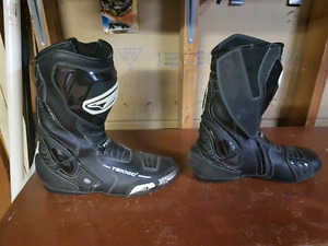 Teknic Mens size 10 1/2 motorcycle boots
