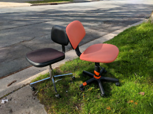Small swivel office chairs