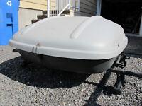 Support de toit Thule, fit kit 2069 et boîte de transport