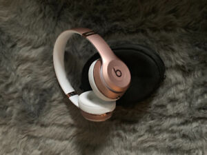 Beats solo 3 wireless - rose gold