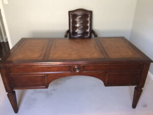 Ethan Allen Buckley wood and leather inlay desk (MINT!!!)