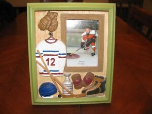 3.5  X  5  SPORTS  PICTURE  FRAME