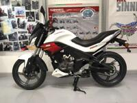 SINNIS RS 125cc MOTORCYCLE SPORTS TOURER - BRAND NEW LEARNER LEGAL RED / WHITE