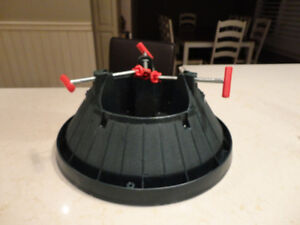 Christmas Tree Stand - Great Shape and works great! Kitchener / Waterloo Kitchener Area image 1
