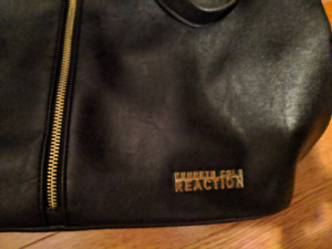 Kenneth Cole Reaction Womens Large Black Purse