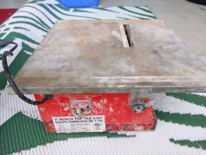 """7"""" BENCH TOP TILE SAW STAY SHARP SOME RUST WORKING"""