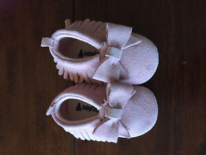 Gap baby shoes 0-6 mth