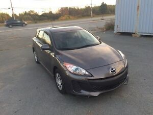 Mazda3 hatchback SkyActiv 2012. 8200$ONLY!!