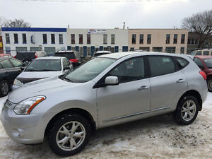 ~ 2013 NISSAN ROGUE S, ONLY 21,000kms!! LIKE NEW ~