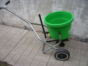 Seed and Fertilizer Spreader