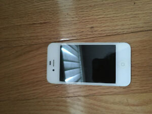 IPHONE 4 8G MINT CONDITION
