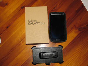 Unlocked Samsung Galaxy S 4 Smart phone black with Otter box