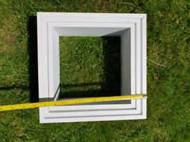 White cube shelfs
