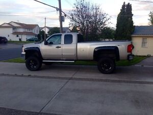 2007 lifted Chevy 2500hd Chevrolet