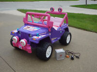 $299 Barbie Jammin ' Jeep. Original Battery & Charger included.