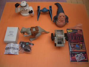 MICELLANEOUS LOT OF 7 KENNER AND OTHER STAR WARS ITEMS PDT-8 ETC
