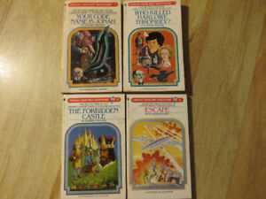 CHOOSE YOUR OWN ADVENTURE Paperback Game Book Vintage Lot