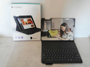 Logitech case w/keyboard for iPad Air