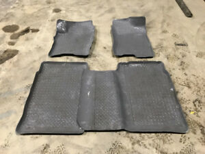 Nissan Titan husky liner floormatts front and rear.