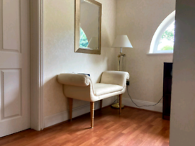 Elegant sofa chaise lounge for sale £80