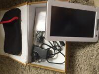 Portable e reader