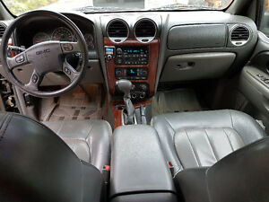 2002 GMC Envoy SUV in very good condition