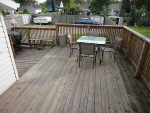 NEW PRICE!!   Nice Quiet East End Street Windsor Region Ontario image 9