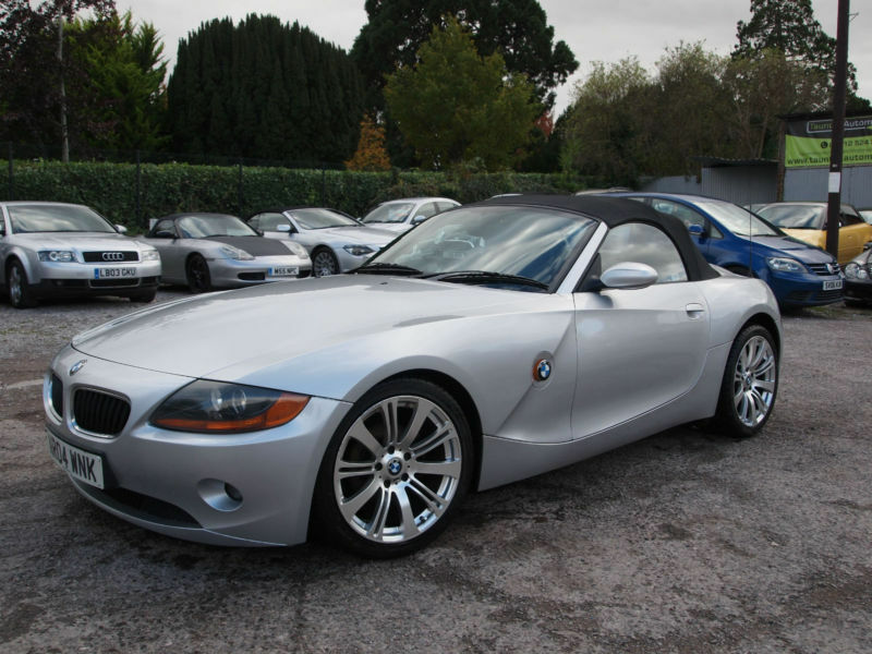 Silver 2004 Bmw Z4 2 2i 3 0 2 5 Petrol Manual Roadster Convertible 18 Alloys In Taunton