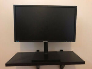 "Samsung monitor 24""- Widescreen LED Monitor-very good condition"