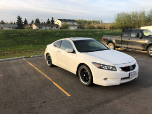 2009 Honda Accord Coupe V6 EX-L with Navigation $10,000 OBO