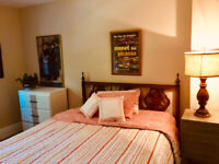 BACHELOR IN HISTORIC MIDLAND HOME, 2ND FL FOR BUSY PROFESSIONAL
