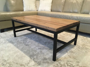 SOLID WOOD COFFEE TABLE & SIDE TABLE