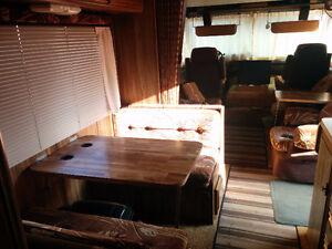 1983 Arrowspace 33 Foot Motorhome for Sale / Trade Cornwall Ontario image 6