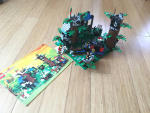 Dark Forest Fortress (6079) lego