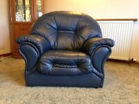 3 piece suite - Navy. Like new! £300 ono