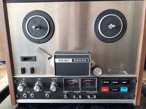 Teac 2300s reel to reel recorder (extra tape and manuals)