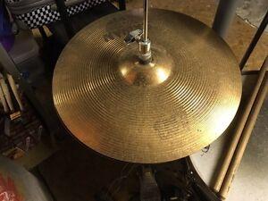 Tama kit with b8 cymbals Kitchener / Waterloo Kitchener Area image 5