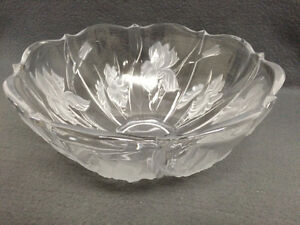 Collectible Antique Embossed Glass Serving Bowl London Ontario image 4