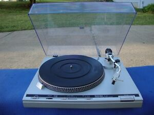 TECHNICS SL-B3 Servo Automatic Turntable OUTSTANDING SOUND !!