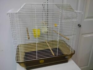 HAGEN CAGE IN GUC PERFECT FOR ANY SMALL BIRDS