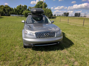 2007 Infiniti FX SUV, Fully Loaded, DVD, 2 sets of tires