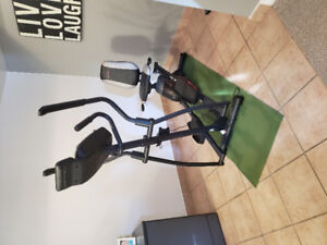 Pro-form Hybrid Trainer (iFIT compatible)- LIKE NEW!