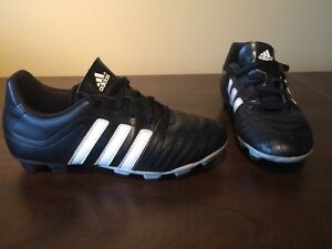 Boy's Adidas Soccer Cleats - Size 3