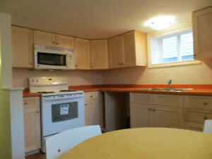 Rooms available in lovely three Bedroom apartment near Dal