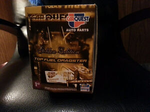 """SELLING CarQuest Top Fuel Dragster """"Golden Edition"""" Cambridge Kitchener Area image 2"""