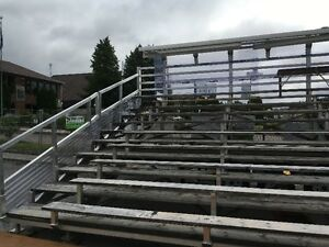 Estrade mobile avec toit rétractable Saguenay Saguenay-Lac-Saint-Jean image 2