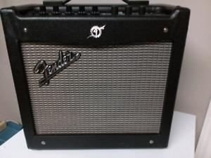 Fender Mustang 1 v2 Modeling Amp