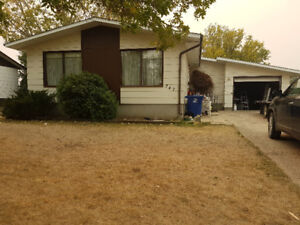 House at Weyburn (negotiable)